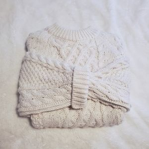 H&M Chunky Cable Knit Crew Neck Sweater